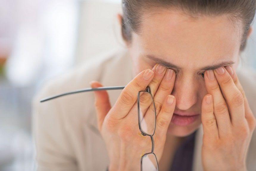 Rối loạn điều tiết mắt là gì? Dấu hiệu và Cách khắc phục