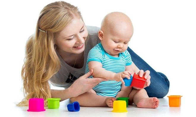 Lợi ích khi thuê người giữ em bé tại nhà