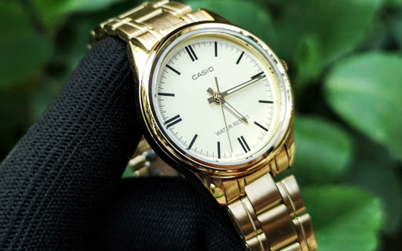 Tư vấn cách chọn đồng hồ nữ Casio làm quà tặng cho chị em dịp Valentine's Day